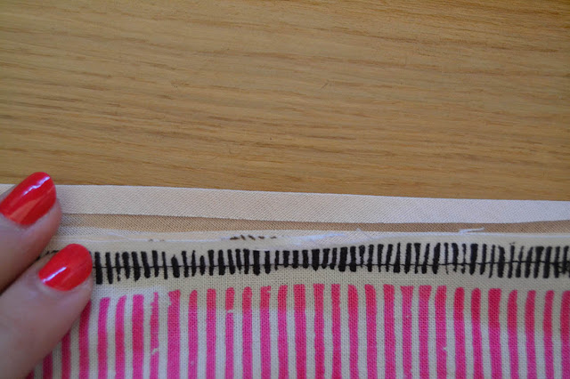 How-sew-bias-binding-Xerea-neckline-10