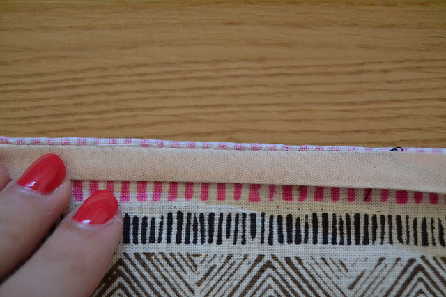 How-sew-bias-binding-Xerea-neckline-5
