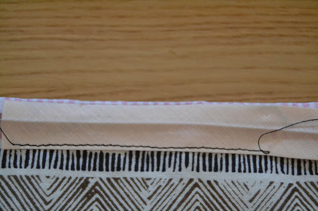 How-sew-bias-binding-Xerea-neckline-8