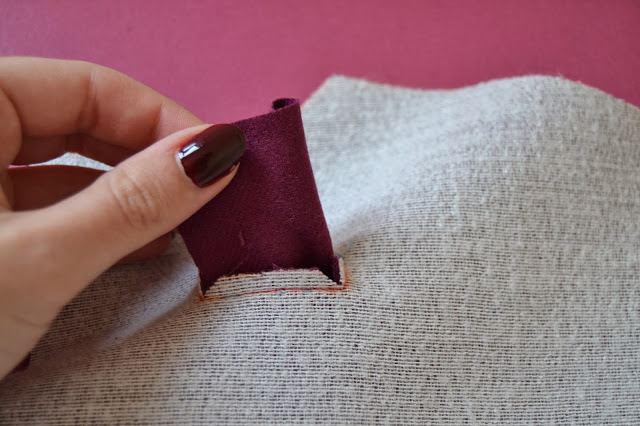 bound-buttonholes-tutorial-sewing-pattern-11
