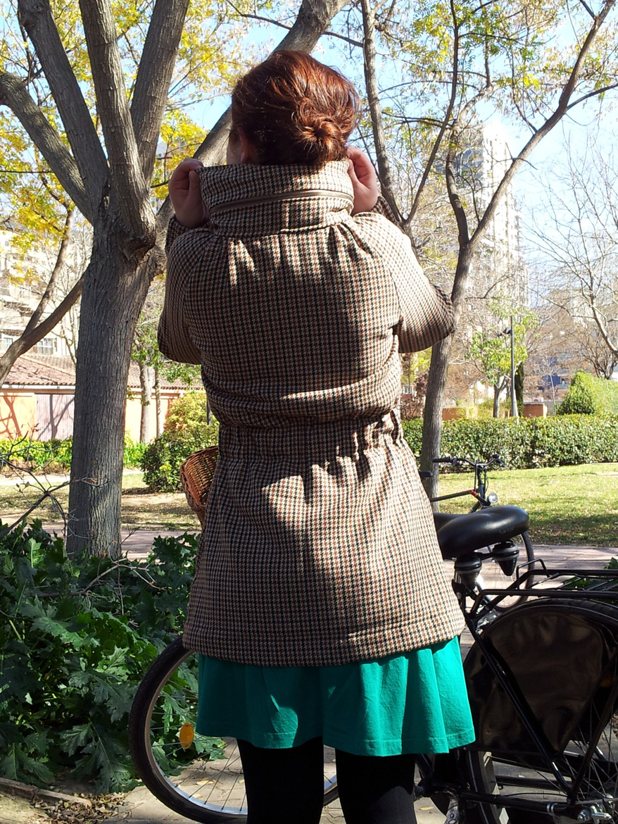 minoru jacket back view